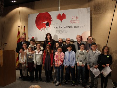 L'autora xativina Consol Martínez Bella guanya el XXIè Premi de Poesia Maria Mercè Marçal